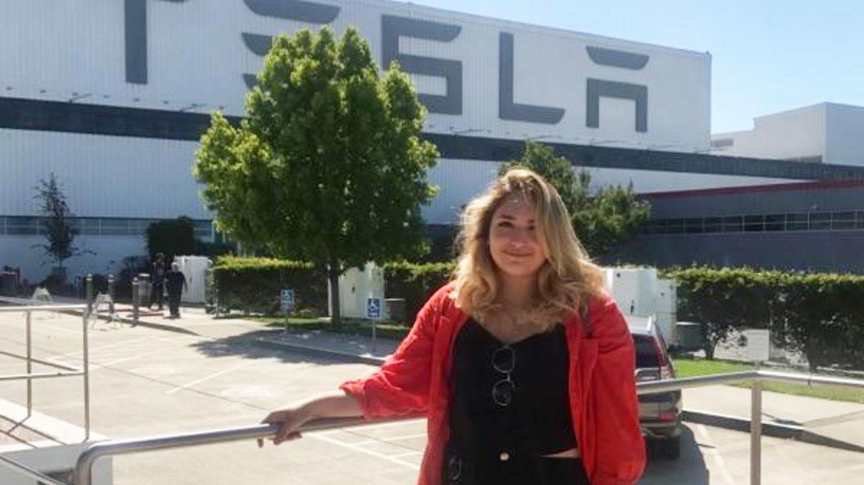 Female student at TESLA