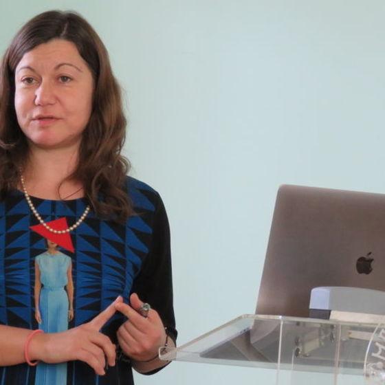 Assistant Professor of Bioengineering Bojana Gligorijević presenting during one of her lectures.